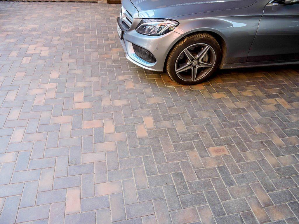 парковка из брусчатки