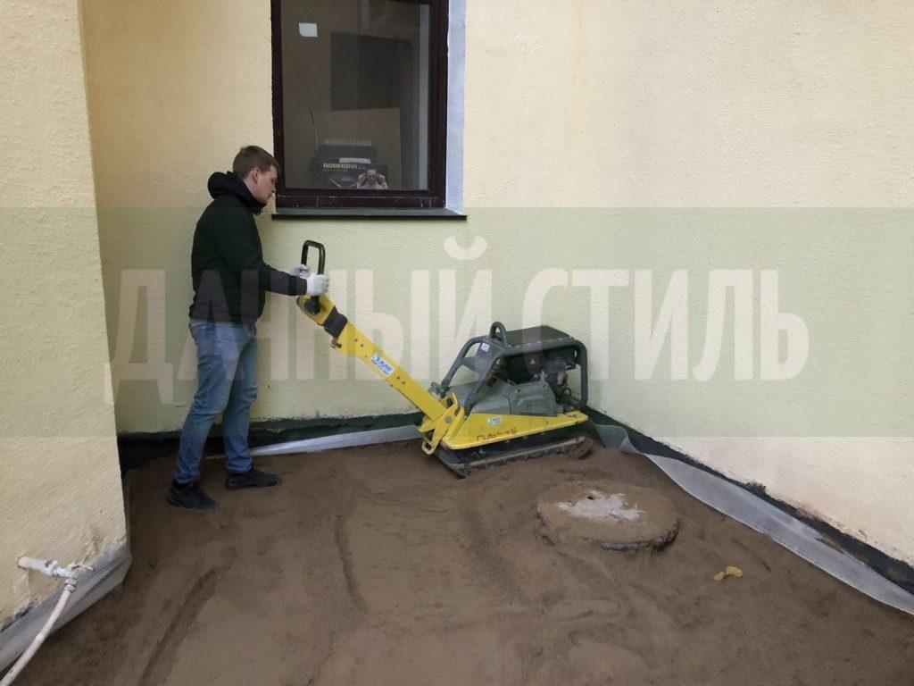 подготовка основания для укладки плитки набережная фонтанки фото 11