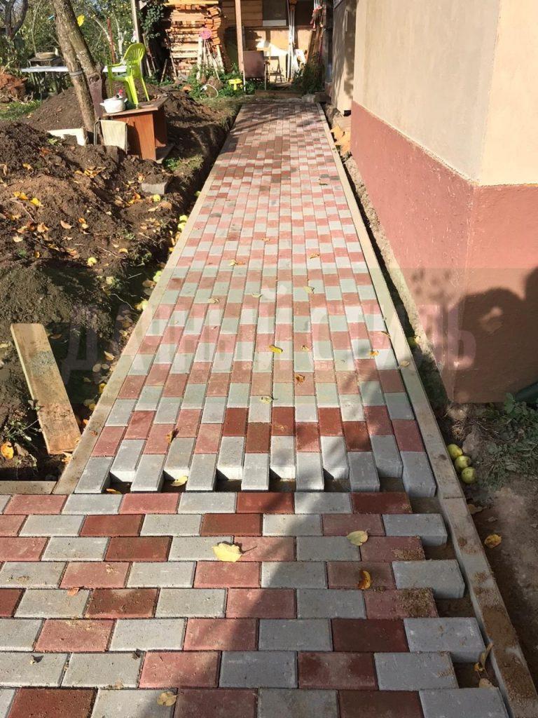 Укладка тротуарной плитки Конная Лахта фото 3